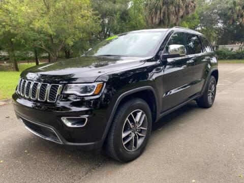 2020 Jeep Grand Cherokee for sale at DELRAY AUTO MALL in Delray Beach FL