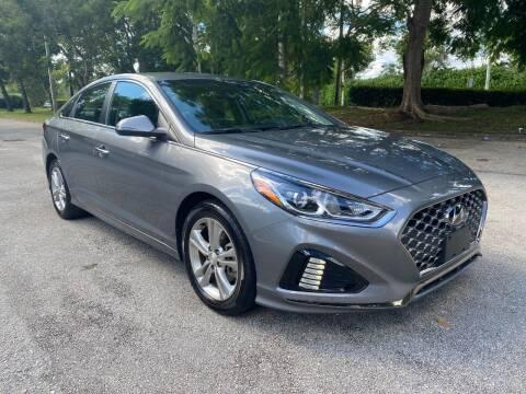 2019 Hyundai Sonata for sale at DELRAY AUTO MALL in Delray Beach FL