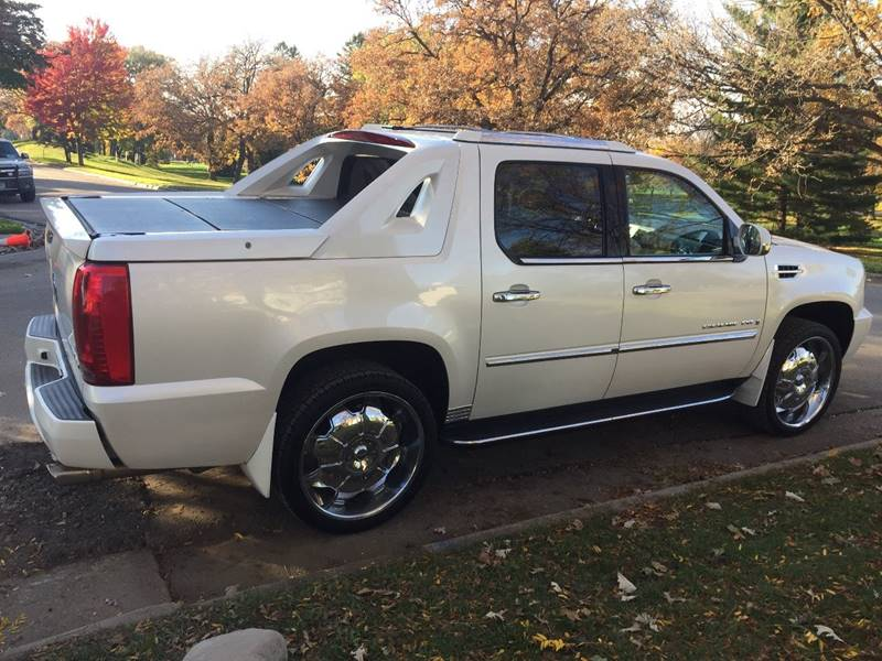 2007 Cadillac Escalade EXT for sale at You Win Auto in Metro MN