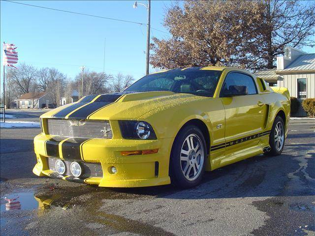 2005 Ford Mustang Gt Cervini In Chanute Ks Cars R Us