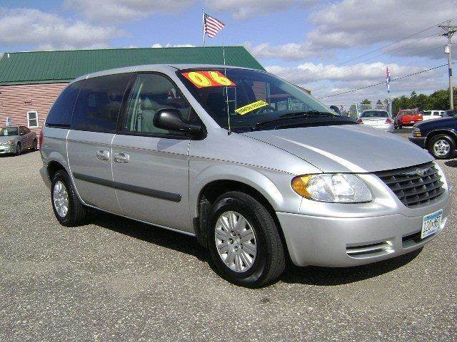 2006 Chrysler Town And Country Base 4dr Minivan In Elk