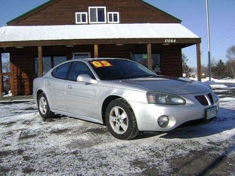 2005 Pontiac Grand Prix for sale at Country Side Car Sales in Elk River MN