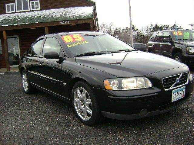 2005 Volvo S60 for sale at Country Side Car Sales in Elk River MN