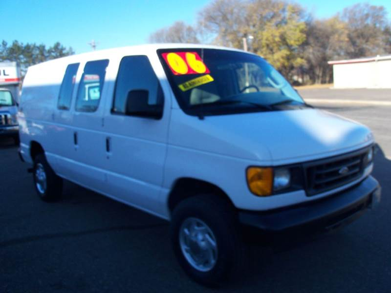 2006 Ford E-Series Cargo for sale at Country Side Car Sales in Elk River MN