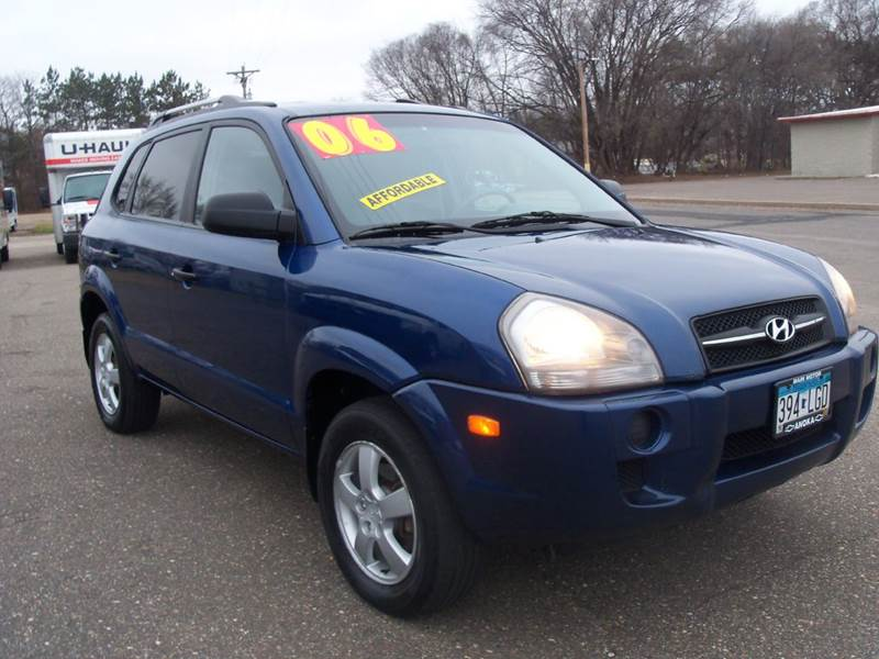 2006 Hyundai Tucson for sale at Country Side Car Sales in Elk River MN