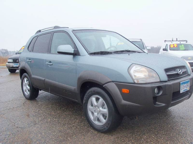 2005 Hyundai Tucson for sale at Country Side Car Sales in Elk River MN