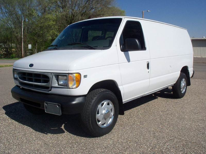 2001 Ford E-Series Cargo for sale at Country Side Car Sales in Elk River MN
