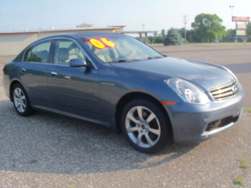 2006 Infiniti G35 for sale at Country Side Car Sales in Elk River MN