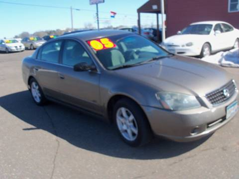 2005 Nissan Altima for sale at Country Side Car Sales in Elk River MN