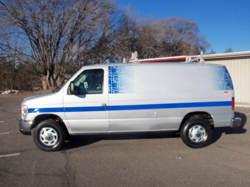2008 Ford E-Series Cargo E-350 SD 3dr Cargo Van In Elk River
