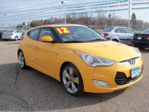 2012 Hyundai Veloster for sale at Country Side Car Sales in Elk River MN