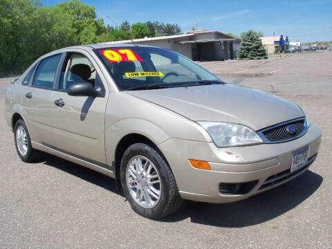 2007 Ford Focus for sale at Country Side Car Sales in Elk River MN