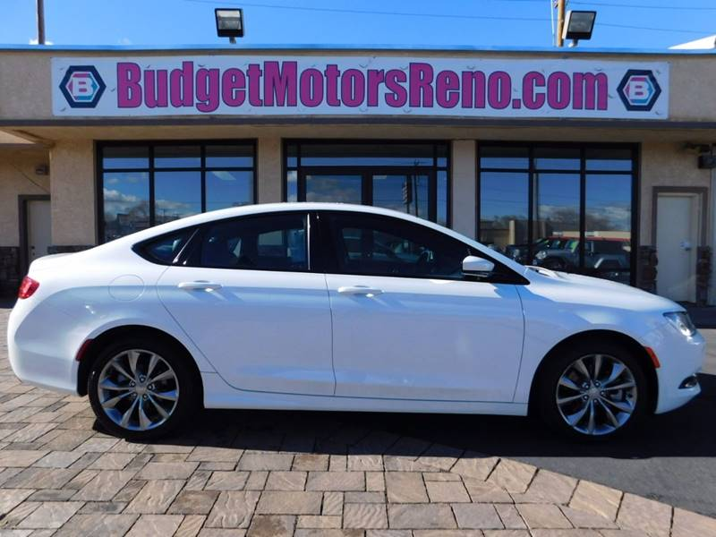 2015 chrysler 200 awd s 4dr sedan in reno nv budget motors for Budget motors reno nv