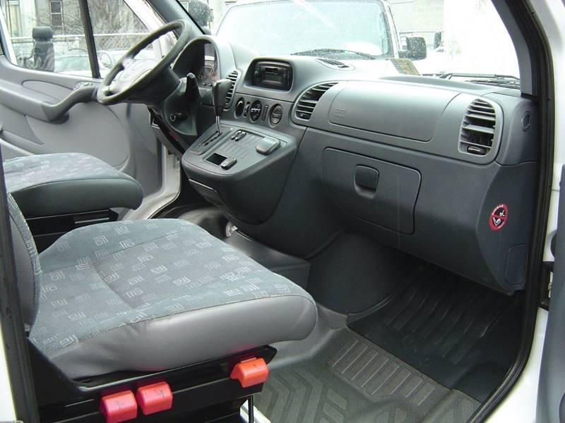 2006 Dodge Sprinter Cargo 2500 140 WB 3dr Extended Cargo Van - Staten Island NY