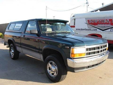 1995 Dodge Dakota for sale at Bowties ETC INC in Cambridge MN