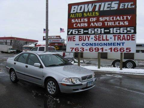2001 Volvo S40 for sale at Bowties ETC INC in Cambridge MN