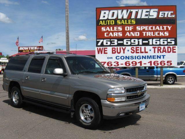 2001 Chevrolet Suburban for sale at Bowties ETC INC in Cambridge MN
