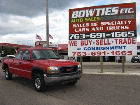 2001 GMC Sierra 2500 for sale at Bowties ETC INC in Cambridge MN