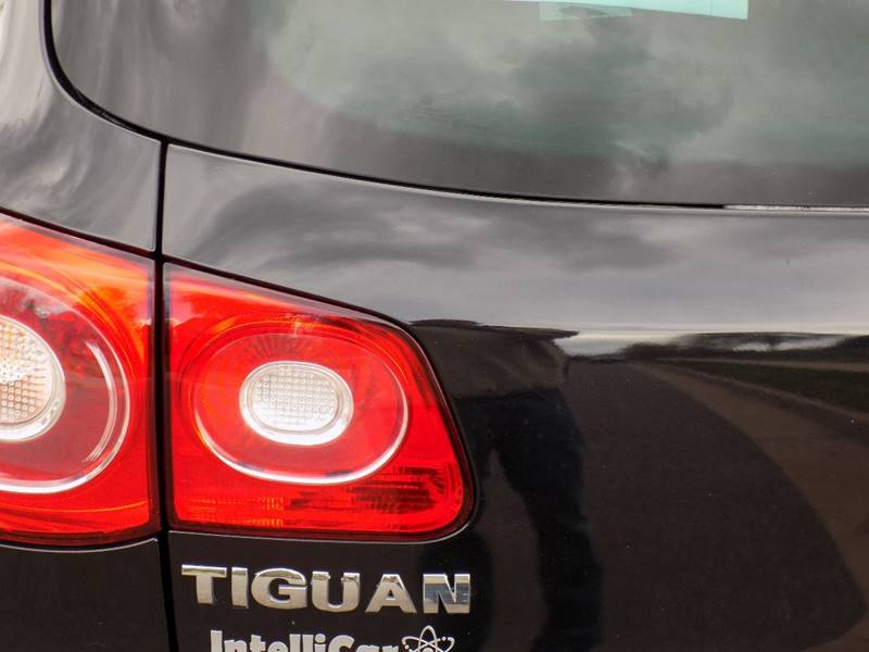 2011 Volkswagen Tiguan SEL 4Motion 4dr SUV - Denver CO