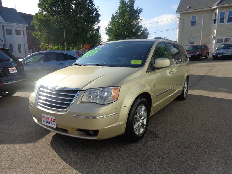 2010 Chrysler Town and Country for sale at FRIAS AUTO SALES LLC in Lawrence MA