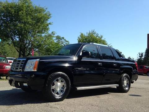 2005 Cadillac Escalade EXT for sale at Special Finance of Charleston LLC in Moncks Corner SC