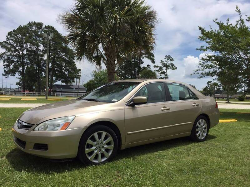 2007 Honda Accord EX L V 6 4dr Sedan W/Navi (3L