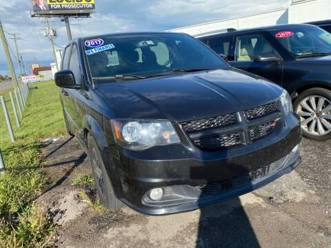 2017 Dodge Grand Caravan for sale at M-97 Auto Dealer in Roseville MI