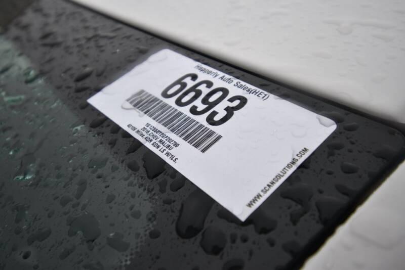 2016 Chevrolet Malibu LS (image 27)