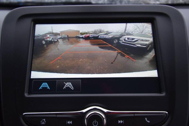 2016 Chevrolet Malibu LS (image 18)