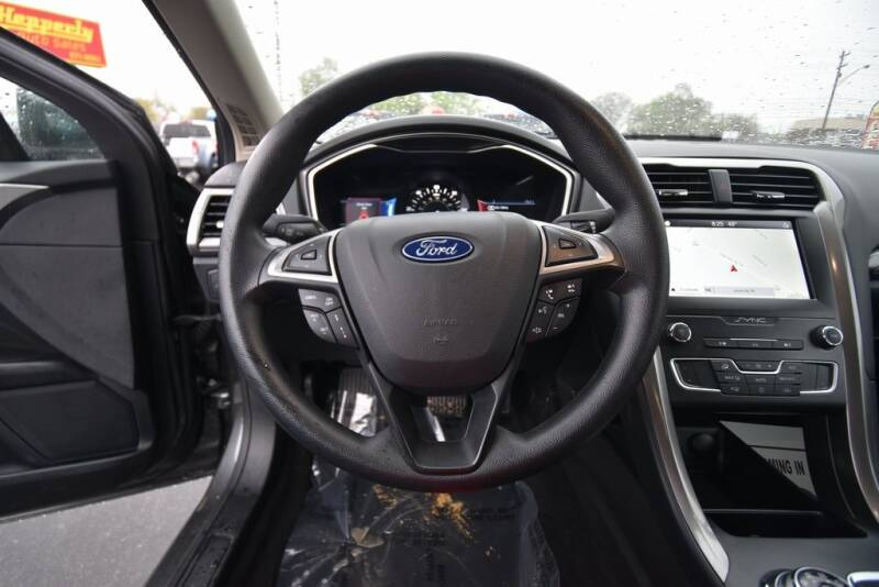 2019 Ford Fusion Hybrid SE (image 14)