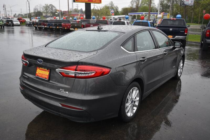 2019 Ford Fusion Hybrid SE (image 7)