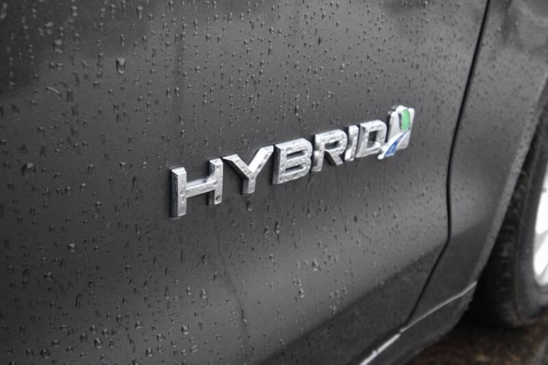 2019 Ford Fusion Hybrid SE (image 9)