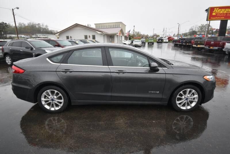 2019 Ford Fusion Hybrid SE (image 8)