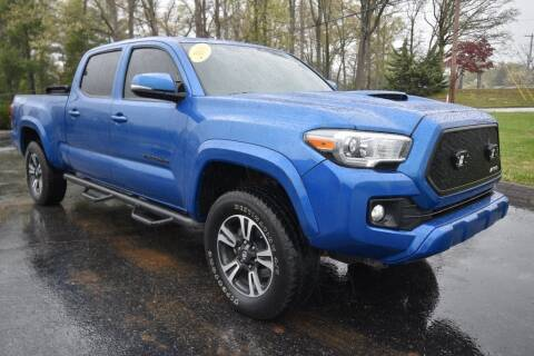 2016 Toyota Tacoma SR5 V6 for sale at Hepperly Auto Sales in Maryville TN