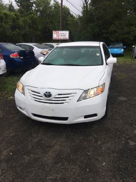 2009 Toyota Camry for sale at B & B GARAGE LLC in Catskill NY