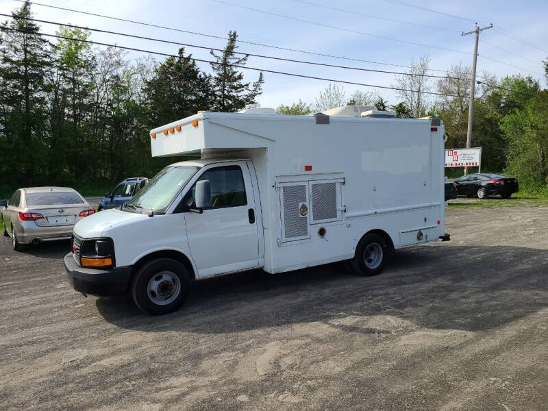 2007 GMC Savana Cutaway for sale at B & B GARAGE LLC in Catskill NY