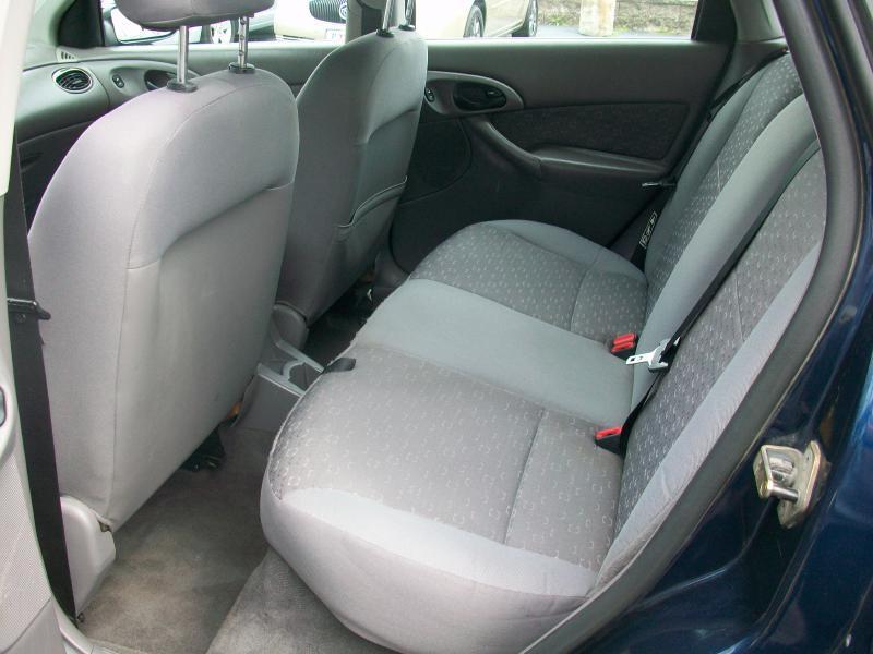 2003 Ford Focus ZX5 4dr Hatchback - Milan IL