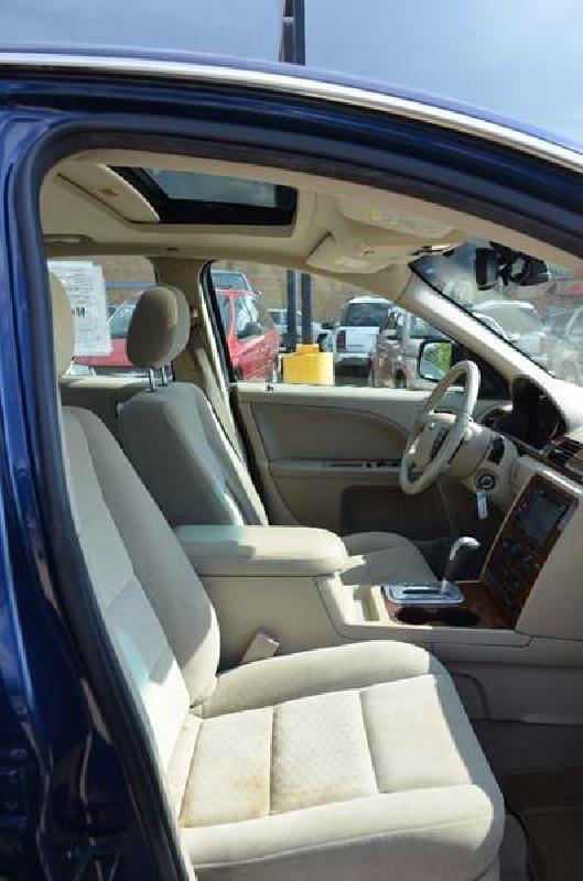 2007 Ford Five Hundred SEL 4dr Sedan - Milan IL