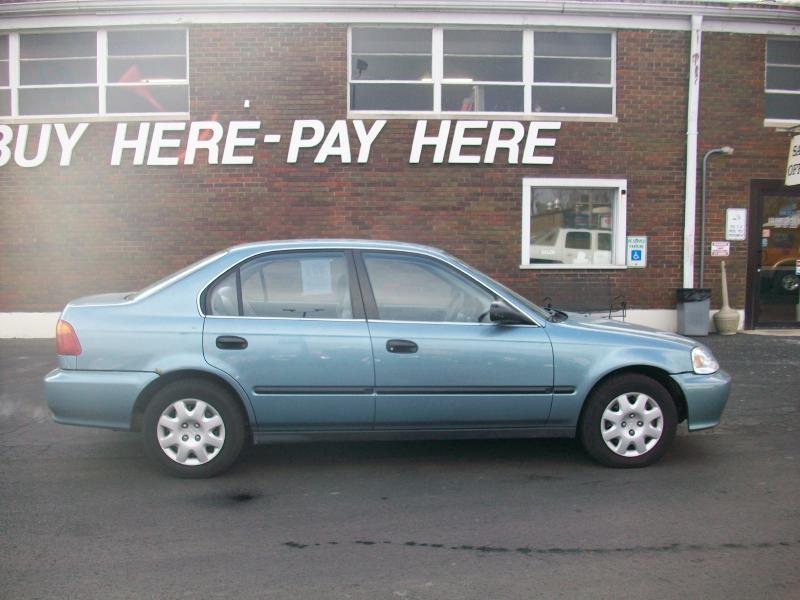 2000 Honda Civic LX 4dr Sedan - Milan IL