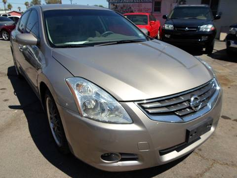 2011 Nissan Altima for sale at PARS AUTO SALES in Tucson AZ