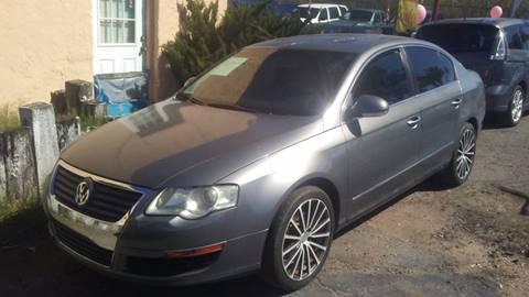 2006 Volkswagen Passat for sale at PARS AUTO SALES in Tucson AZ