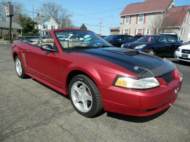 2000 ford mustang gt 2dr convertible in louisville oh. Black Bedroom Furniture Sets. Home Design Ideas
