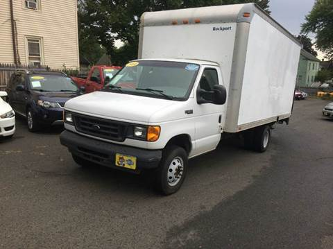 2004 Ford E-350 for sale in Agawam, MA