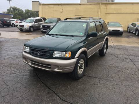 2000 Honda Passport for sale in Center Line, MI