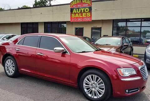 2013 Chrysler 300 for sale in Center Line, MI