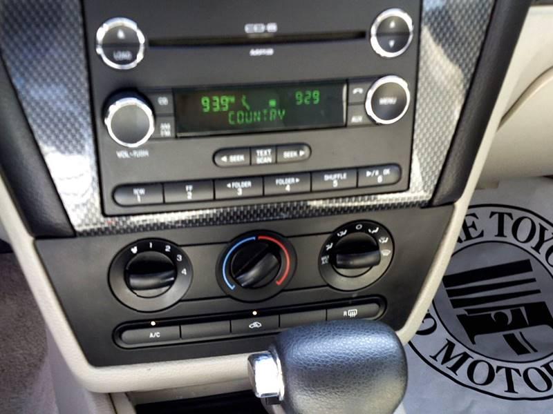 2008 Ford Fusion I4 SE 4dr Sedan - Somerset KY