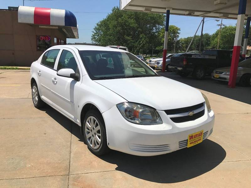 2009 Chevrolet Cobalt for sale at King Auto Sales in Omaha NE