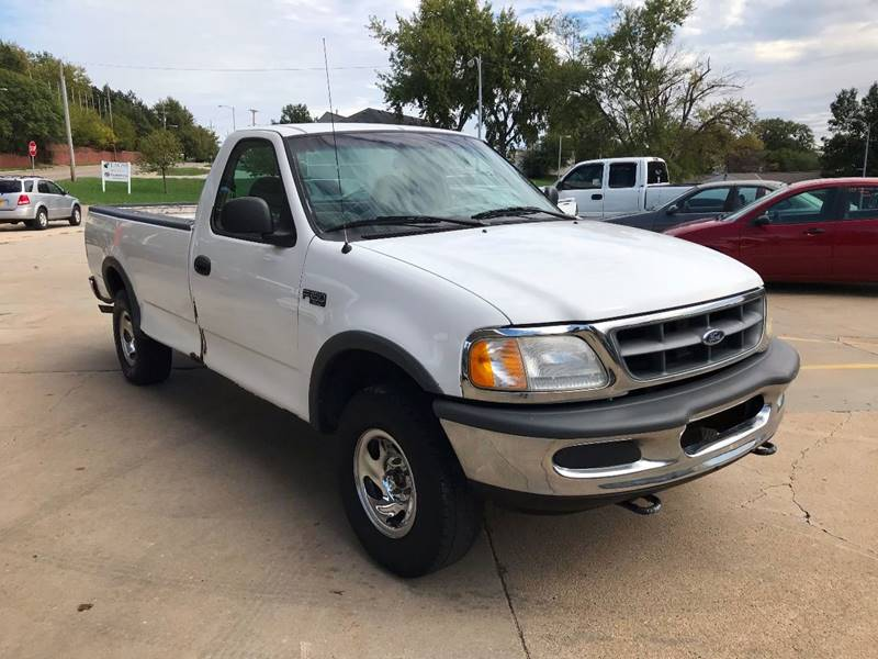 1997 Ford F-150 for sale at King Auto Sales in Omaha NE