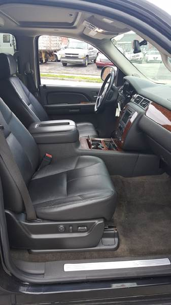 2008 Chevrolet Tahoe 4x4 LTZ 4dr SUV - Belleville IL