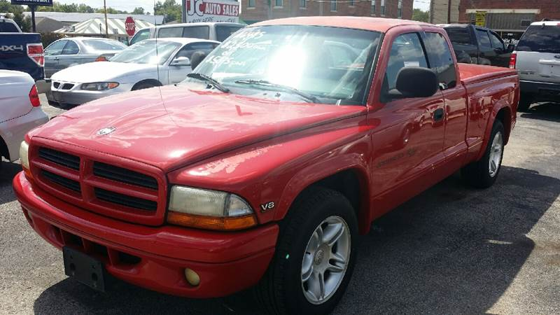2000 Dodge Dakota for sale at JC Auto Sales in Belleville IL